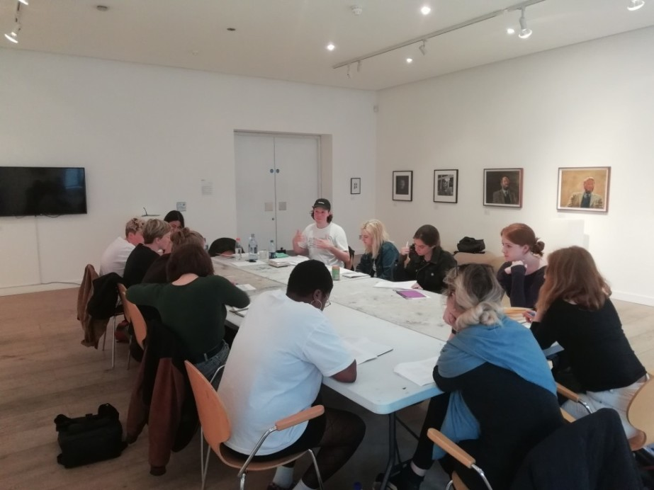 Young Art Writers Programme 2019  Young Art Writers Programme 2018 Writing workshop with Aidan Wall