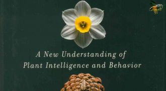 Stefano Mancuso, The Revolutionary Genius of Plants: A New Understanding of Plant Intelligence and Behavior (Atria Books)