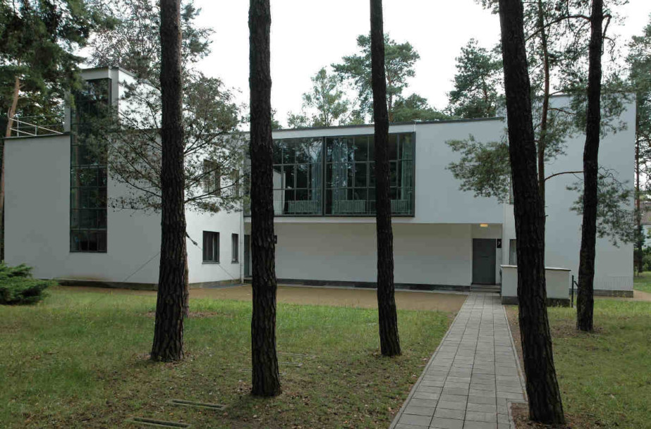DABF19 Public Talk: Living for the Bauhaus: Houses or Housing?