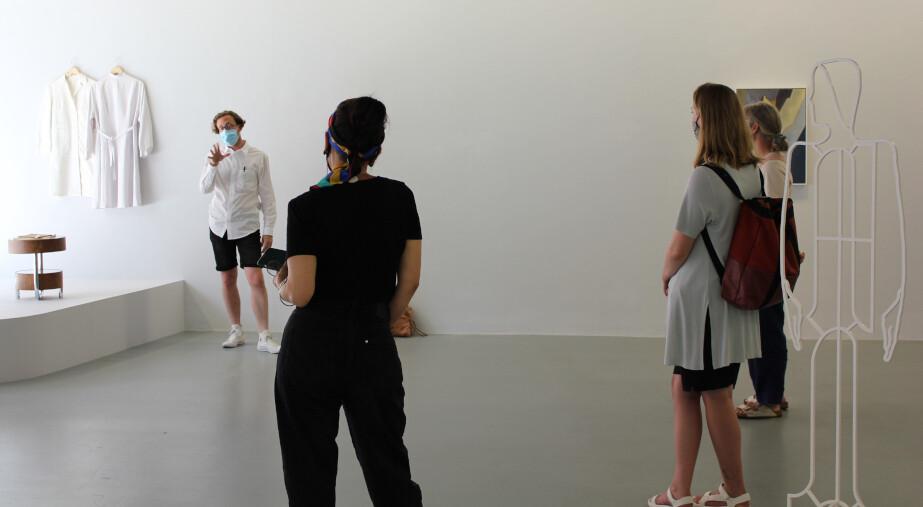 Exhibition Introduction + Tour: Lucy McKenzie 'Tour Donas'
