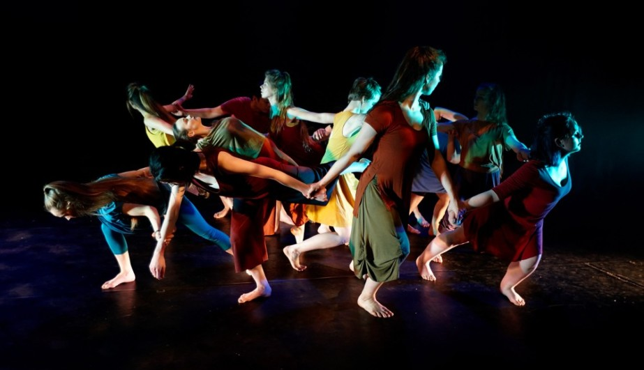 Dublin Youth Dance Company workshop in response to 'Abel and Élio'